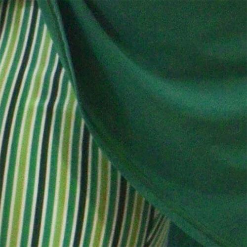 Detalhe-calcao-riscas-verde