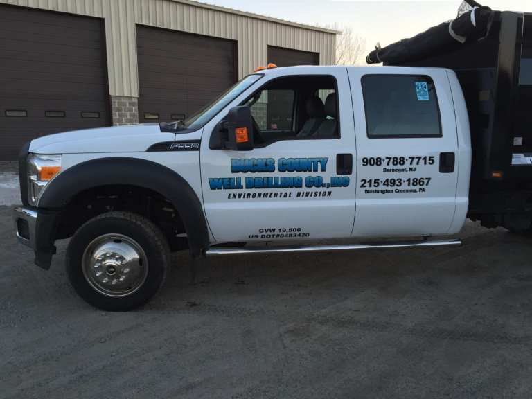 Truck lettering and graphics Bucks County