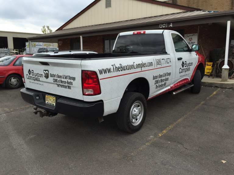 Lettering and Graphics for Trucks