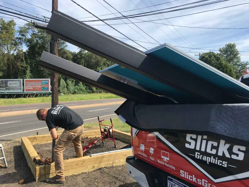 Installing Signs