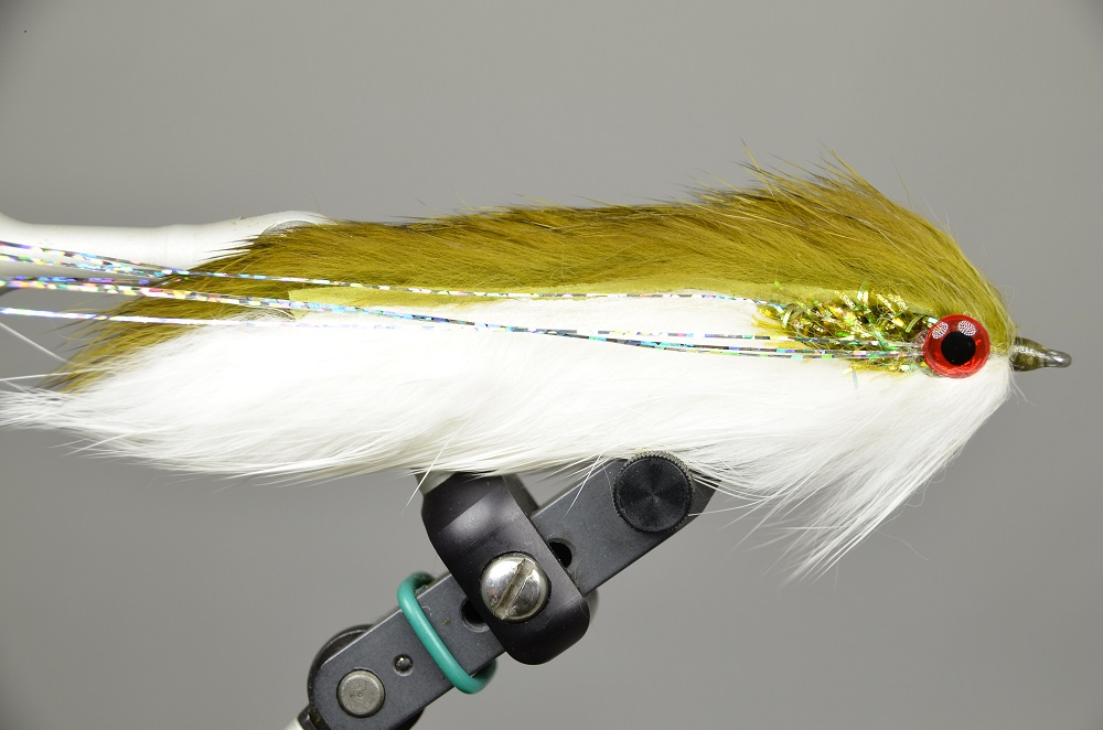 Double Bunny Streamer Olive White