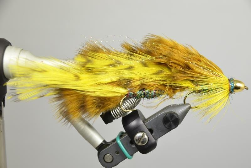 double screamer fly pattern brown yellow