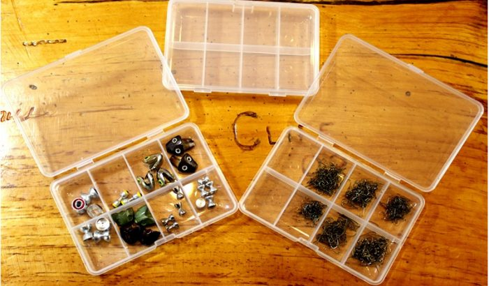 8 compartment fly material box