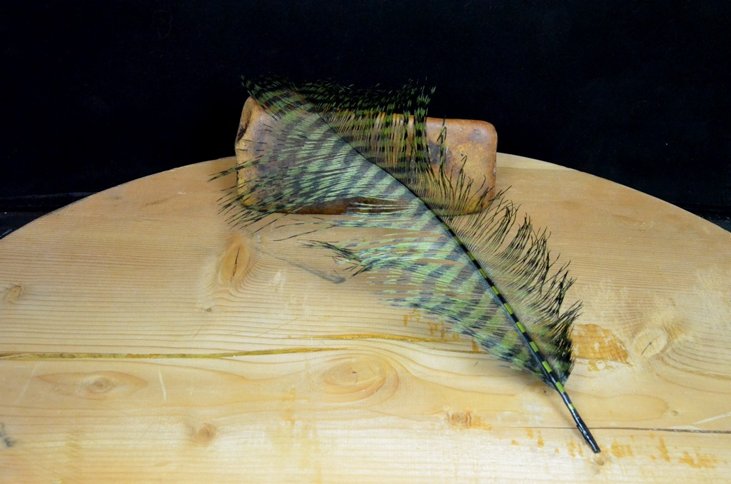 mfc barred ostrich plume olive