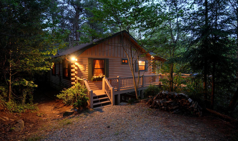 Highlands Cottage Georgia  Sliding Rock Cabins