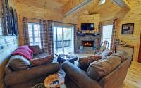 no-place-like-doe-ellijay-ga-large-004-15-living-room-1500 ...