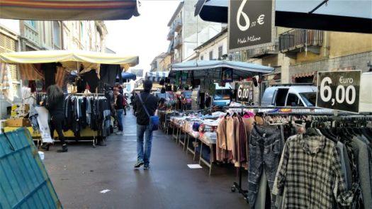 Barriera di Milano market
