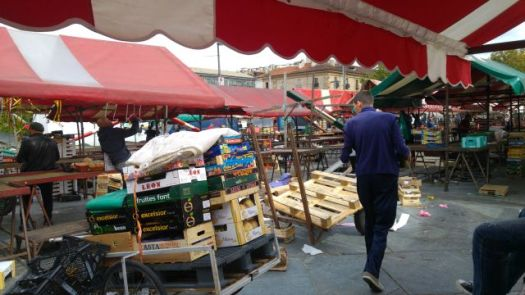 Packing the market away