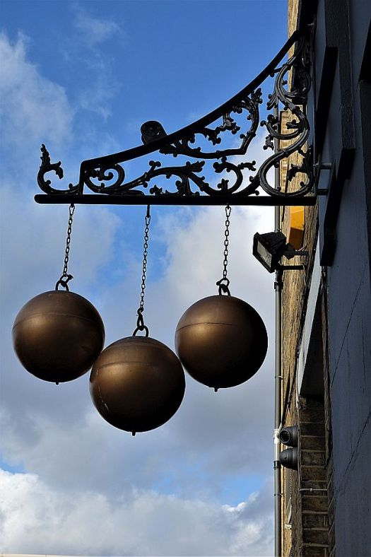 Hackney Road oddities