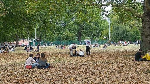 Picnicking at London Fields