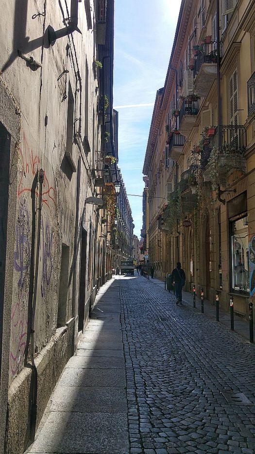 Narrow street of the Quadrilatero