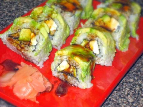 Unagi Avocado Roll