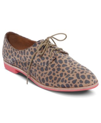 DV by Dolce Vita Shoes, Mini Oxfords
