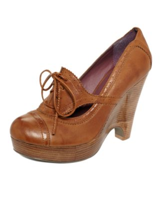 Kensie Shoes, Feist Oxford Wedges