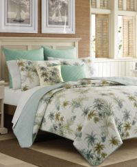Designer bedding for relaxed living. Island style or exotic.