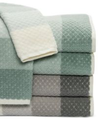 Caro Home Paloma Diamond Stripe Bath Towel Collection
