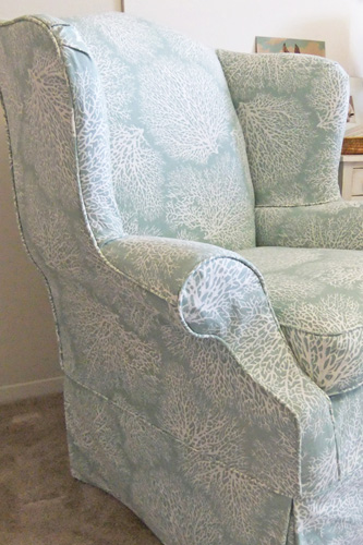 Making Your Own Slipcover? Try These Easy-To-Sew Fabrics