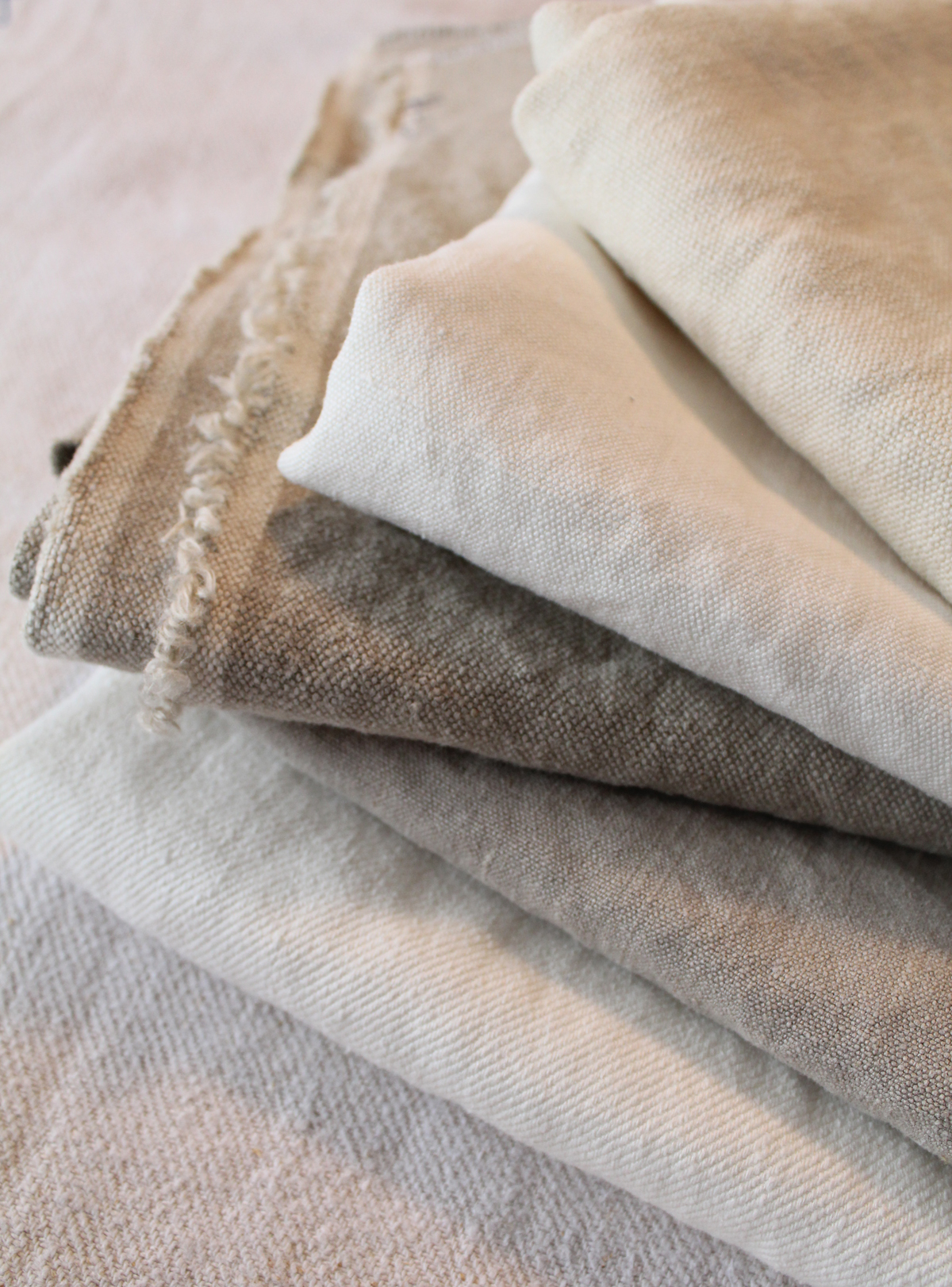 Best Quality & Most Beautiful Hemp Fabrics for Slipcovers