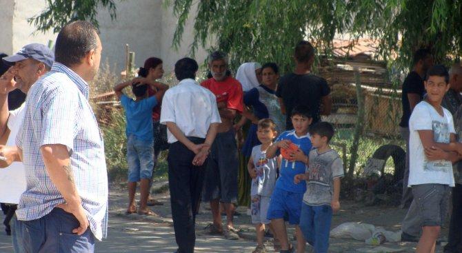 Цел на МТСП: След ранното раждане, ромските майки да се върнат в училище
