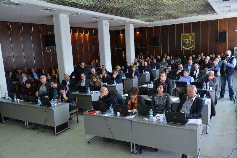 Стефан Радев: Удовлетворен съм от сесията на Общинския съвет, на която се взеха важни решения