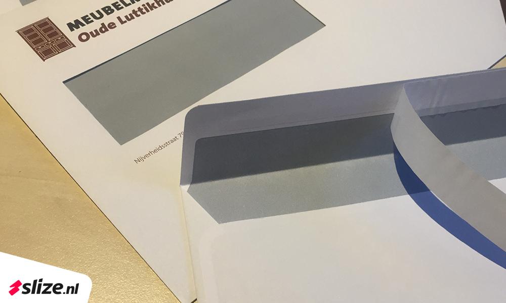 Goedkope zelfklevende enveloppen bedrukken | Enveloppen met striplock plakrand | Drukwerk van Slize Oldenzaal