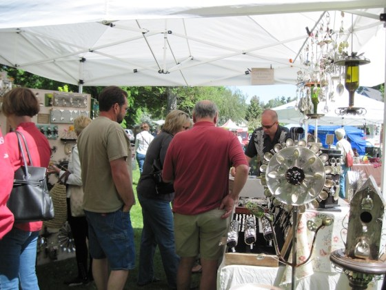Dan Shattuck's Crowded Recycled Art Booth, Day in the Shade, Templeton, 2011
