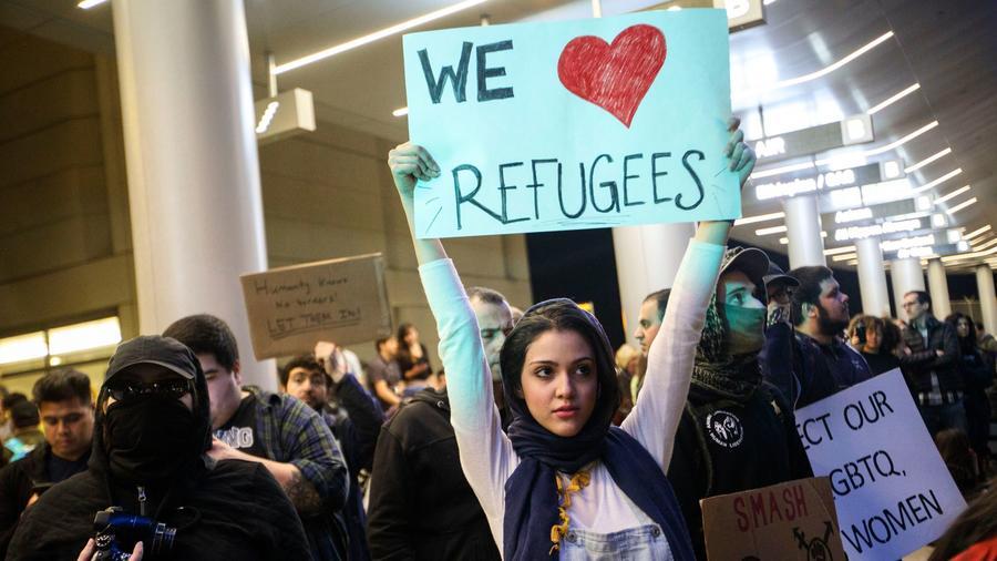 TALIANSKO: Uzavrieme prístavy pre cudzie lode s imigrantmi