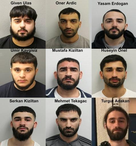 Skupina deviatich mužov, pôvodom z Turecka, ktorí pomocou kyseliny zaútočili na homosexuálov v Hackney