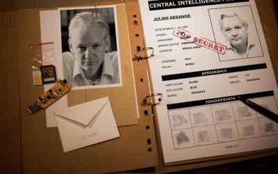 Obava o Assangea: Býva u nepohodlných agentov dobrým zvykom, že zomrú vo väzení.