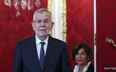 Rakúsky prezident Van der Bellen vymenoval dočasnú vládu