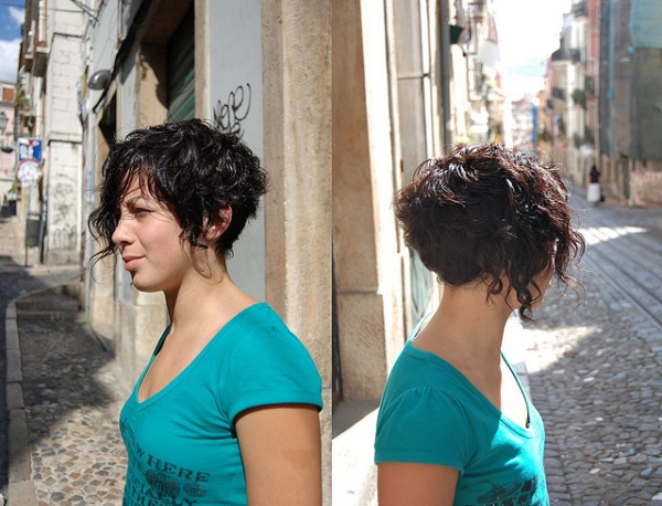 40 Awesome Short Haircuts For Curly Hair SloDive