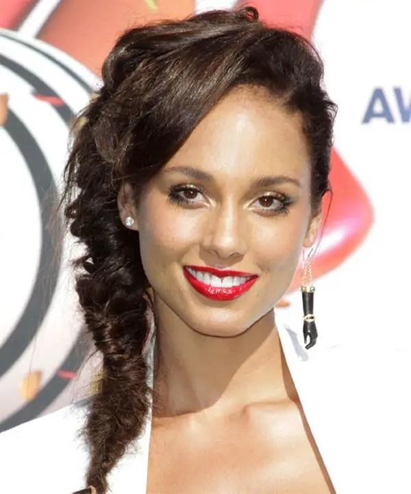 30 Sexy Alicia Keys Hairstyles SloDive