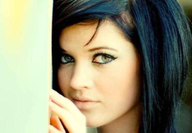 Emo Hairstyles For Girls With Medium Length Hair