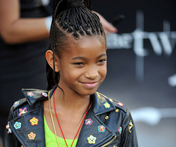 25 Willow Smith Hairstyles Which Look Perfect SloDive