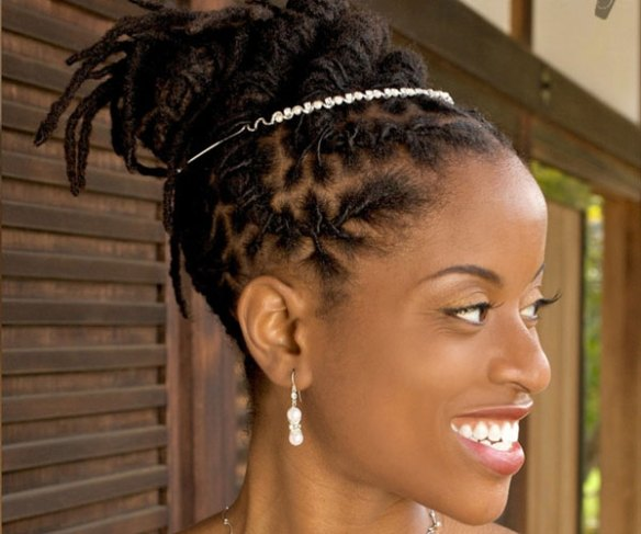 https://i0.wp.com/slodive.com/wp-content/uploads/2012/07/african-american-hairstyles/dreadlocks-updo-for-wedding.jpg?resize=584%2C487