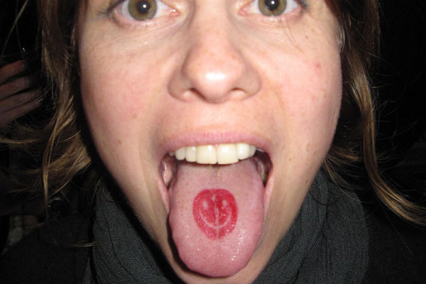 awesome tongue tattoo design