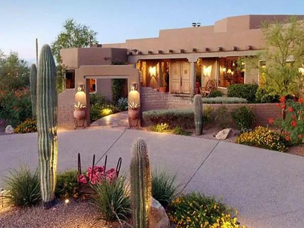 breathtaking desert landscaping