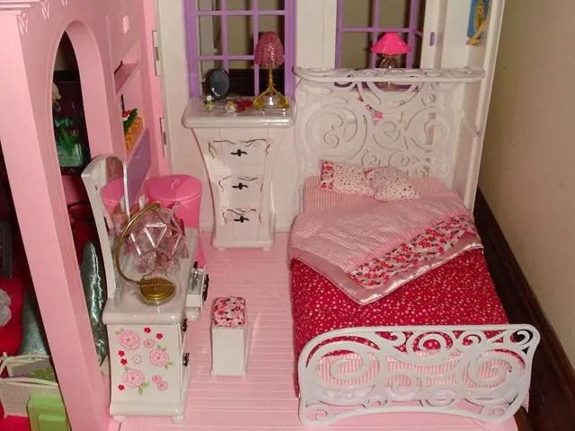 Barbie Pink Bedroom Idea