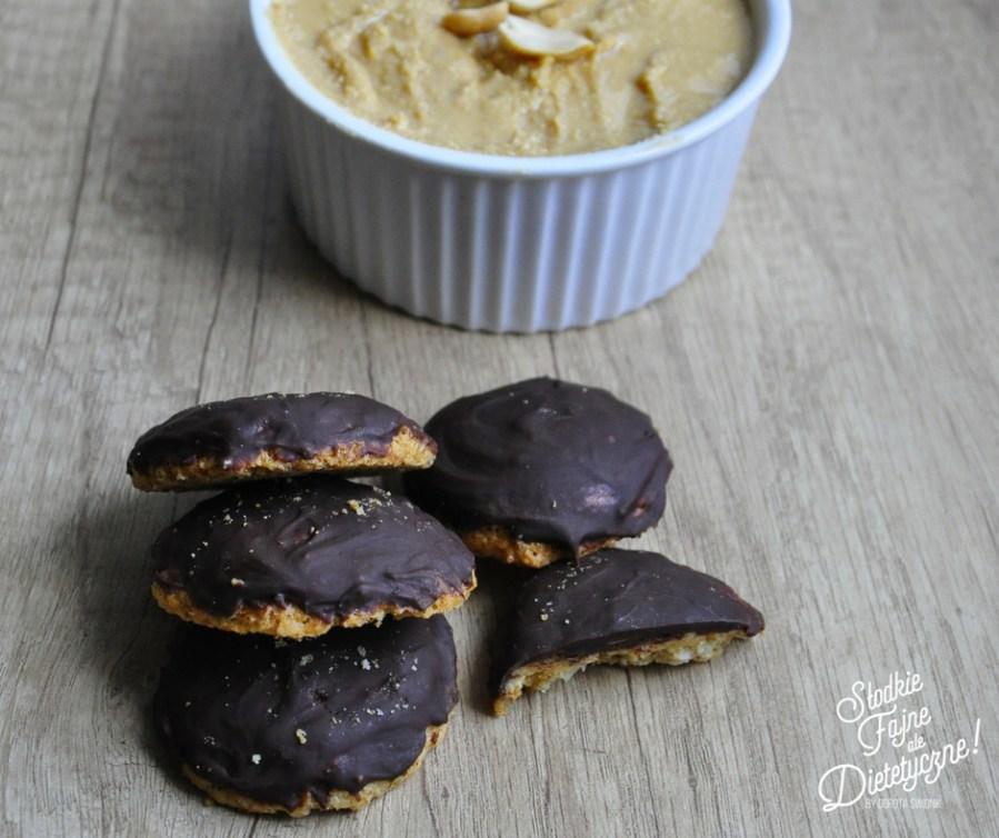 amarykanskie ciasteczka z maslem orzechowym w polewie