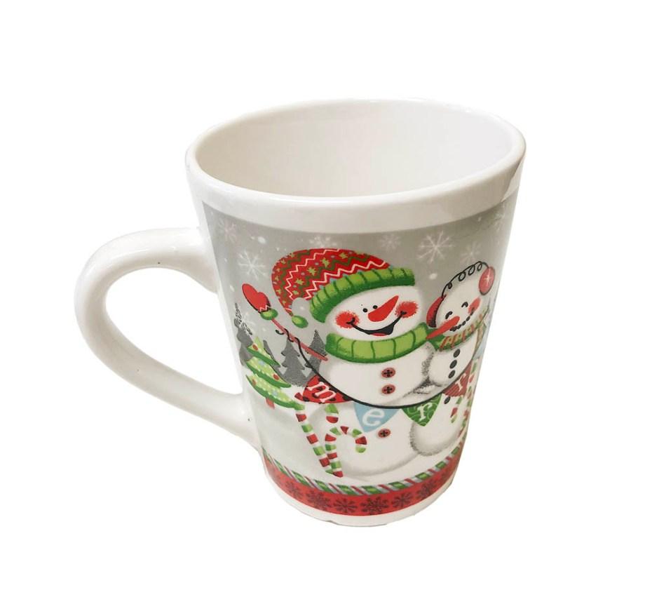 Šalica keramička Djed, Snješko, božićna šalica. Proizvod dolazi u 4 različita motiva.