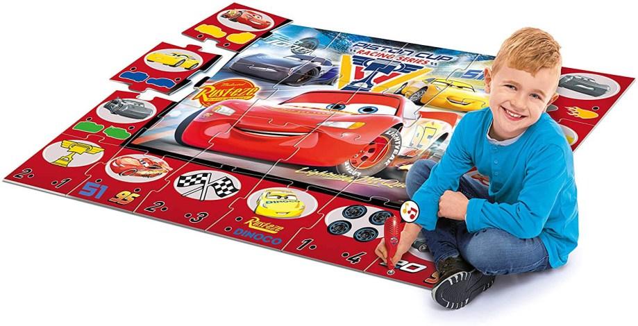 Puzzle Cars 24 komada, Velike podne Puzzle poznatog talijanskog proizvođača Clementoni.