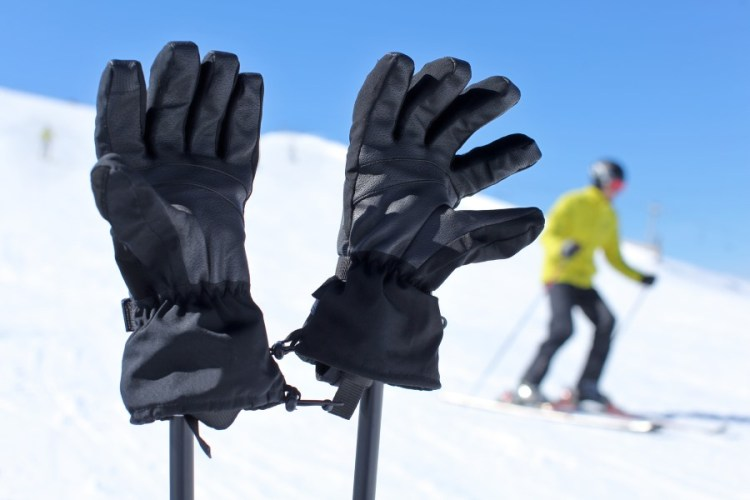 79170c1db74b How to pick the best gloves and mittens for skiing