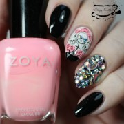 nailart blinged skull nails