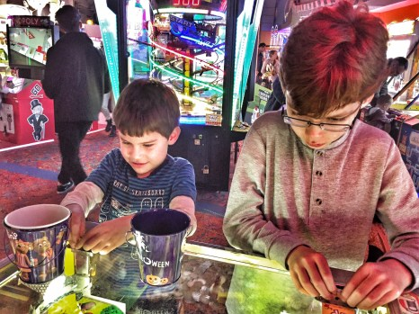 toby-isaac-penny-arcade-butlins