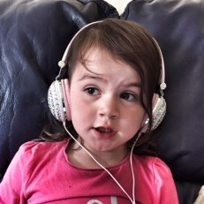 Kara headphones