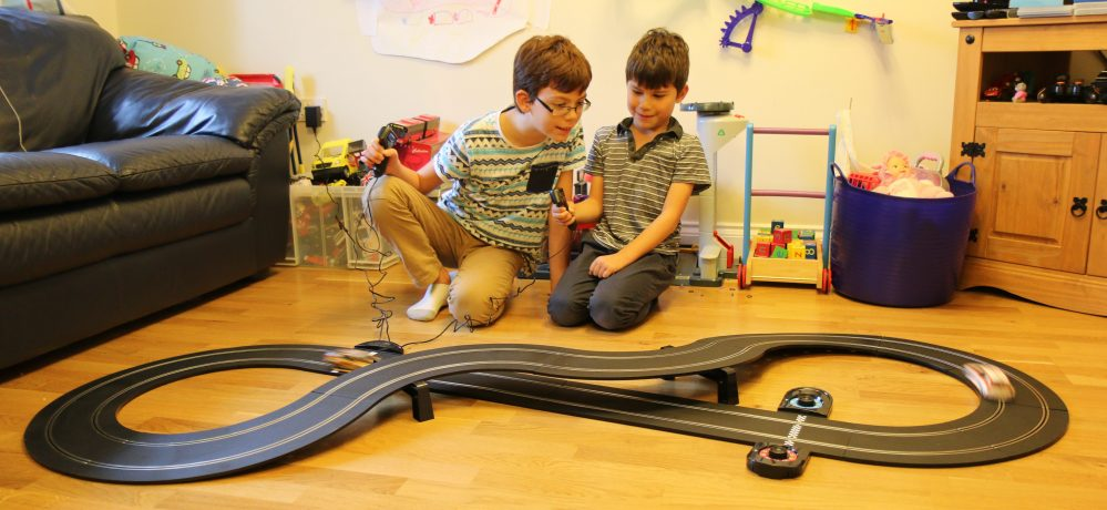 Scalextric Touring Car Battle review