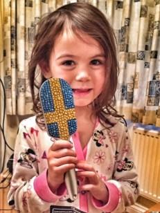 Kara Sweden hairbrush