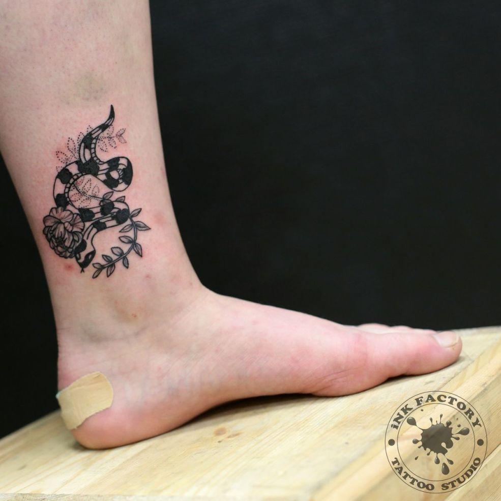 что обозначает тату со змеей эскизы 120 фото