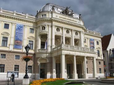 Slovak National Theatre in Bratislava, Slovakia (photo by: T. Malnar)