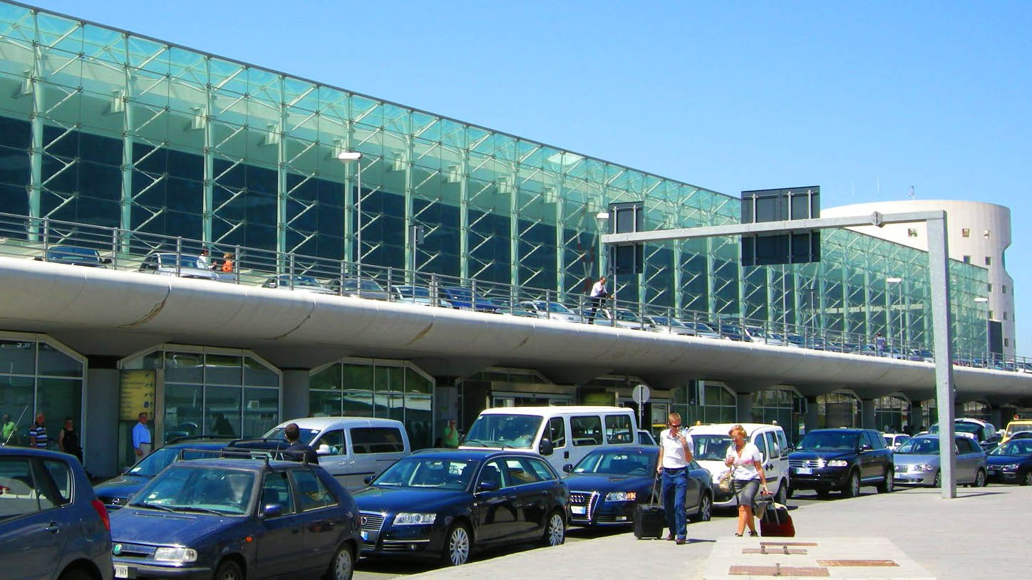 How to get to Catania International Airport from Messina ...